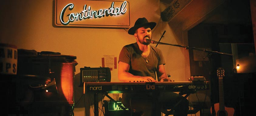 Keyboardist-at-Continental-Club