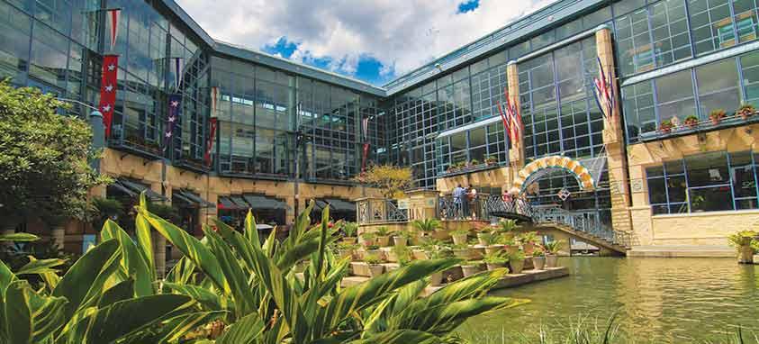 Riverwalk Rivercenter Mall