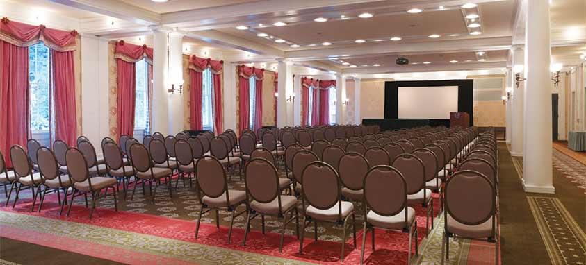 omni-bedford-springs-meeting-room