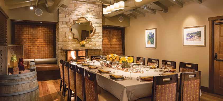 casa-munras-garden-hotel-spa-esteban-restaurant